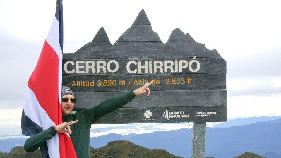 In der Cordillera de Talamanca: Mark Hegedüs steht auf dem höchsten Berg Costa Ricas, dem Cerro Chirripó