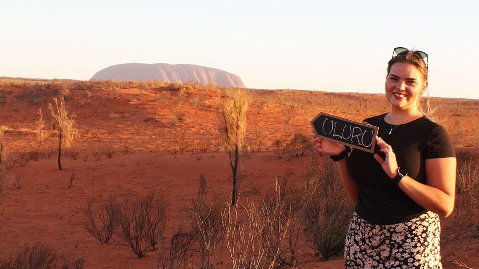 Am Uluru im Northern Territory: Die 21-jährige Line Sophia Schallmayerwar gerade erst in Australien gelandet, als im März das Virus aufkam.