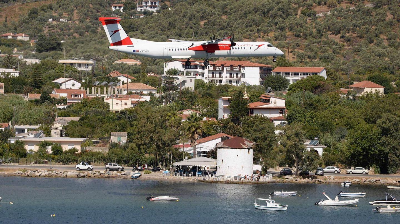 Die österreichische Austrian Airlines setzte in der Ferienzeit ab Graz eine Q400und ab Wien eine A320 auf die Sporadeninsel ein.