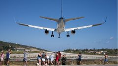 Die britische Tui Airways sorgte in der Hochsaison mit der eingesetzten Boeing 757 für Aufsehen, gilt dieses Modell doch als der größte Flugzeugtyp, der sich im vergangenen Sommer auf Skiathos blicken ließ.