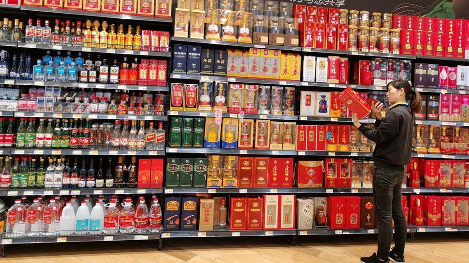Hirseschnaps im Supermarkt
