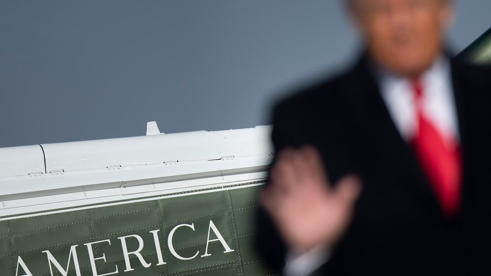 Donald Trump verabschiedet sich