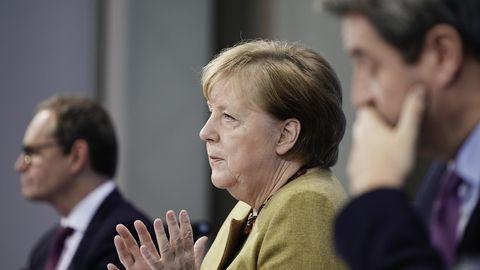Bundeskanzlerin Merkel nach den Beratungen von Bund und Ländern im Dezember
