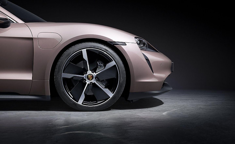 Porsche Taycan Basismodell 2021