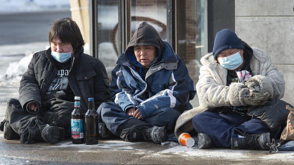 Eine Gruppe Obdachloser in Monetreal