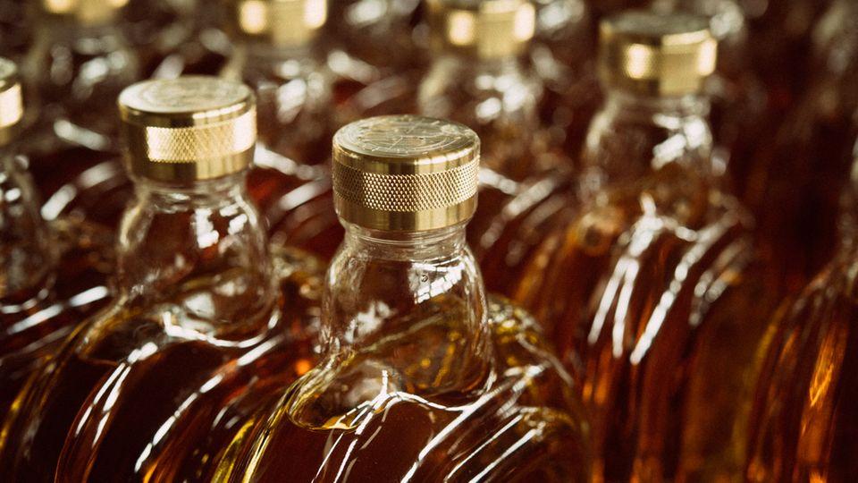 Der Rum besteht zu 82 Prozent aus einem selbstgefertigten Rum und wird mit sechs weiteren Sorten cuvetiert.