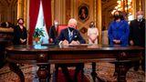 Seine erste Amtshandlung als 46. US-Präsident: Biden unterzeichnet die Inaugurations-Erklärung, die Nominierung des Kabinetts sowie die, der unteren Kabinettsposten.
