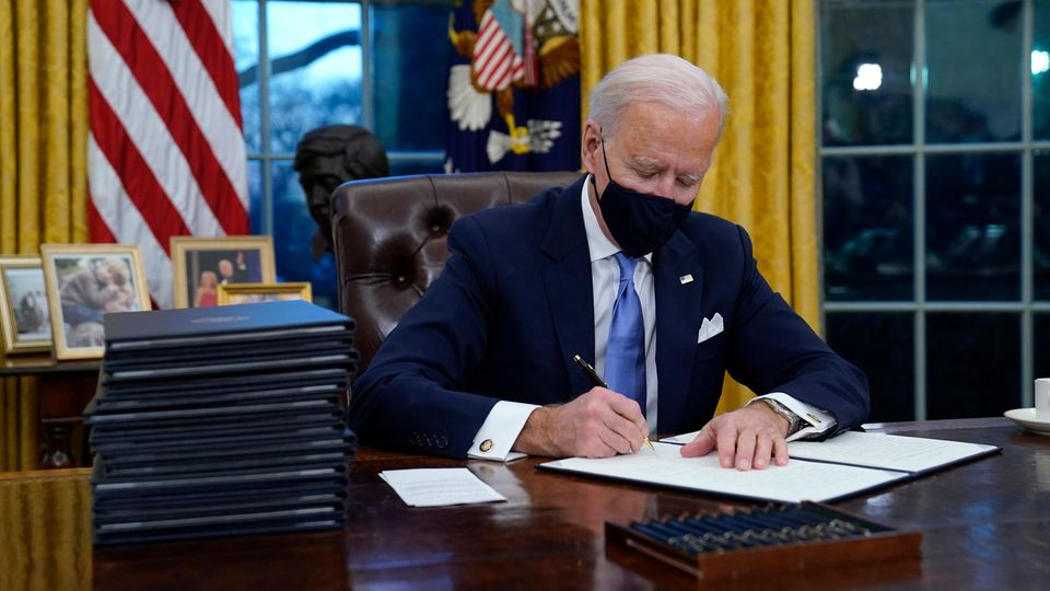 Joe Biden im Oval Office