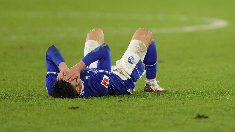 Ozan Kabak nach der Schalker Niederlage gegen Köln