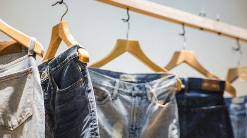 Diese Jeans liegen 2021 im Trend