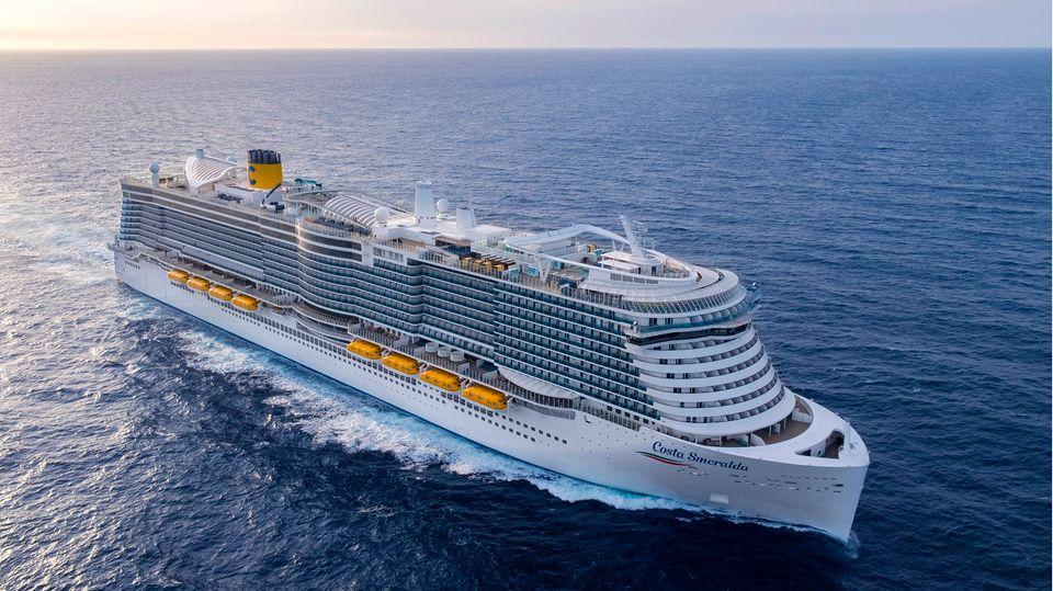 """Das Flaggschiff der italienischen Reederei Costa Crociere: die """"Costa Smeralda"""""""
