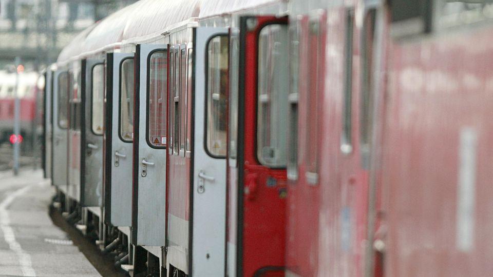 Regionalbahn als Symbolfoto für Nachrichten aus Deutschland