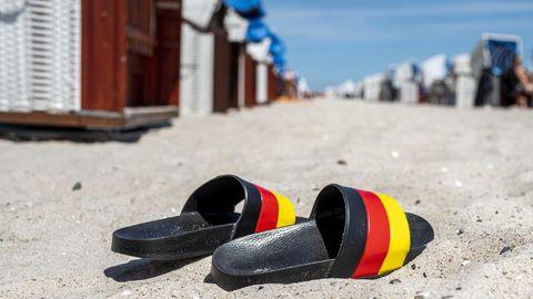 Urlaub im eigenen Land bleibt der Favorit der Deutschen:Die meisten wollen weiterhin Strand- oder Badeurlaub, Familienferien und Erholung in der Natur.