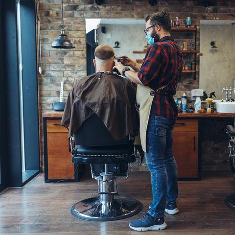 Corona-Haarpracht: 500 Kilometer für einen Haarschnitt: Deutsche Friseur-Touristen in Luxemburg