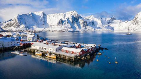 Norwegen im Winter: der Fischerort Hamnøy auf den Lofoten
