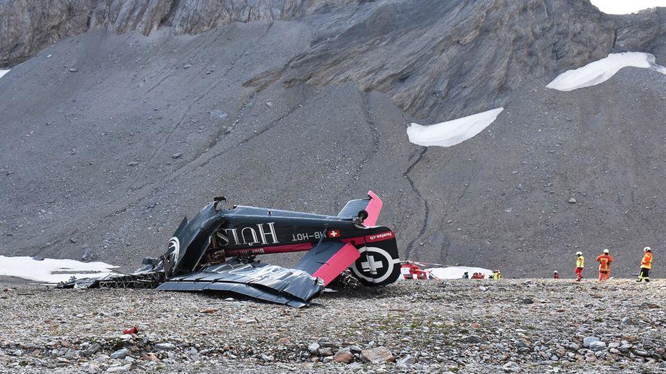 Das Wrack der Ju 52 im Gebirge: Die Maschineder Ju-Air schlug im Kanton Garubünden südwestlich des Piz Segnas auf.