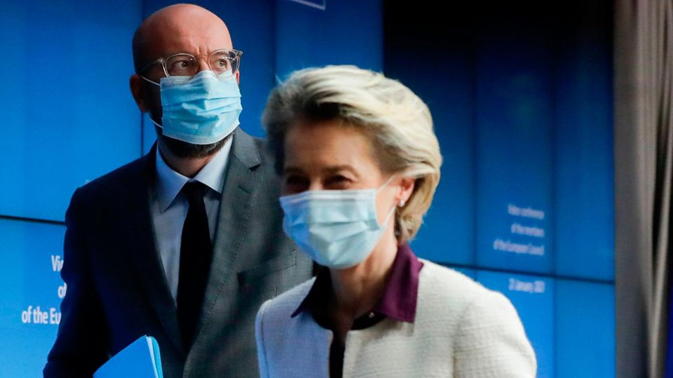 EU-Präsidentin Ursula von der Leyen undCharles Michel, Präsident des Europäischen Rates