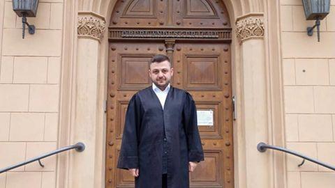 """Urteil im Islamisten-Verfahren: Deutscher Anwalt im Abu-Walaa-Prozess: """"Ich verteidige Menschen. Nicht ihre Taten"""""""