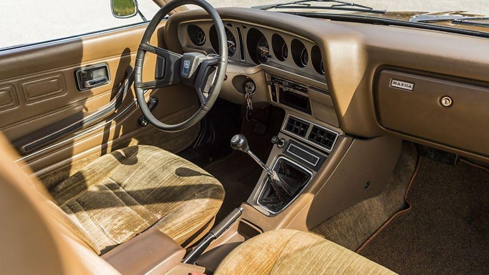 Mazda 929 Coupé (1975)
