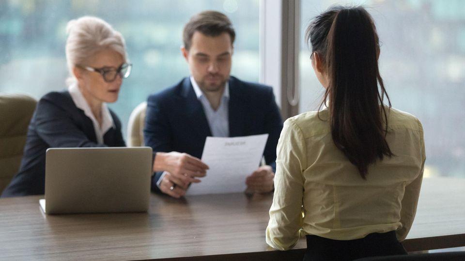 Wer mit einer aussagekräftigen Bewerbung überzeugt, hat gute Chancen auf ein Vorstellungsgespräch