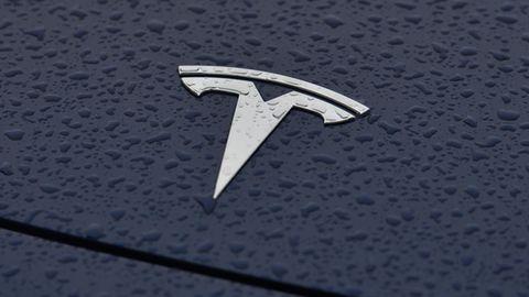Das Tesla-Logo hat eine tiefere Bedeutung