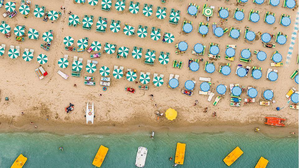 Badeorte an der Adria: Nachbarn als Überbrückungs-Urlauber – So bereiten sich Italiens Hotels für die Saison vor