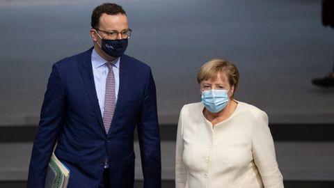 Gesundheitsminister Jens Spahn und Kanzlerin Angela Merkel