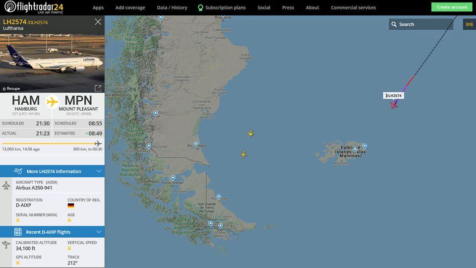 Eine halbe Stundevor der Landung: LH2574 nähert sichder Militärbasis Mount Pleasant auf den Falklandinseln