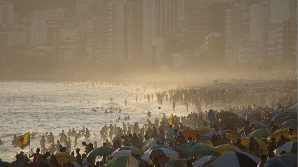 Rio de Janeiro: Volle Strände trotz brasilianischer Corona-Mutation.