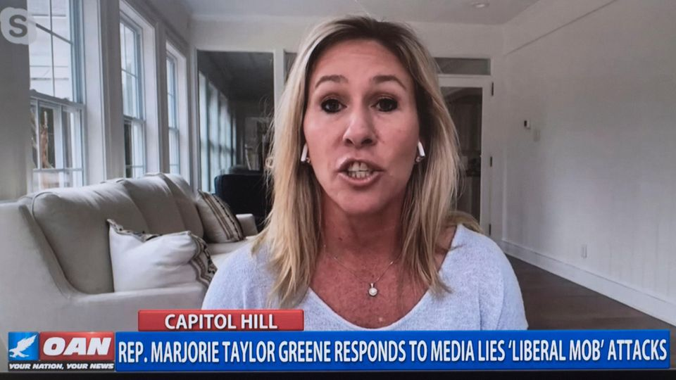 """QAnon-Anhängerin Marjorie Green auf """"One America News"""""""