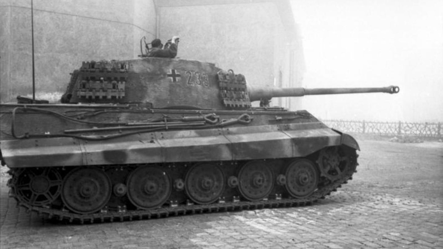 Tiger II Panzer 1944 in Budapest.