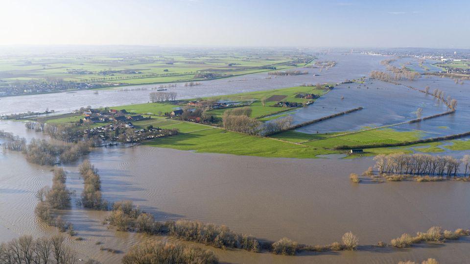 Nachrichten aus Deutschland – Hochwasser in Nordrhein-Westfalen