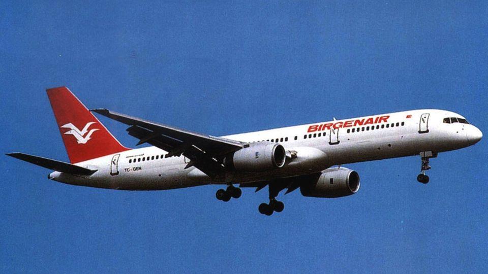Die Unglücksmaschine: Die beim Absturz zehn Jahre alte Boeing 757-200 mit der Kennung TC-GEN.