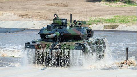 Rüstungsexporte: Panzertechnik für die Türkei: Warum spielt Rheinmetall die Exportgenehmigung so herunter?