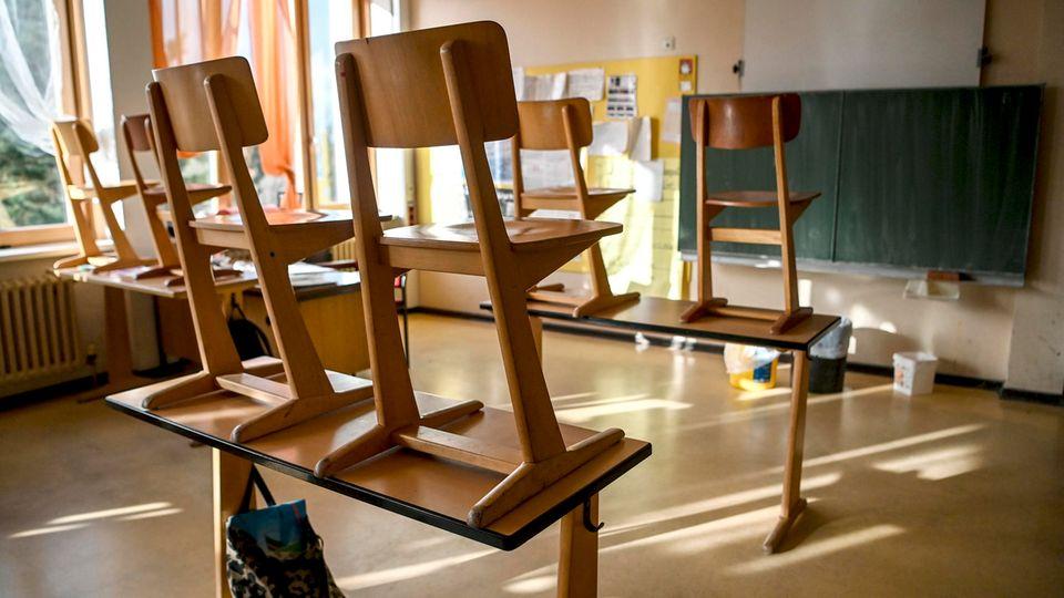 Die Morgenlage: Lehrerverband warnt vor zu schneller Öffnung der Schulen