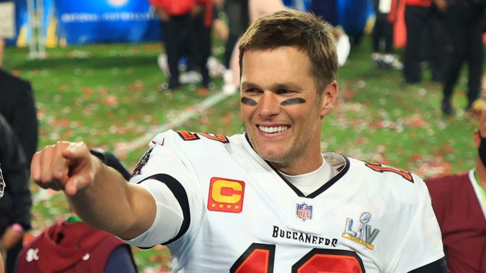 Super-Quarterback Tom Brady
