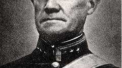 Später wurde Oberst Birger Kristian Eriksen angeklagt, weil er die Festung übergeben hatte.