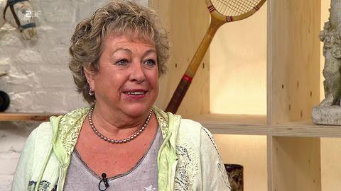 """Bei """"Bares für Rares""""-Verkäuferin Marina Lappe beißen die Händler auf Granit."""