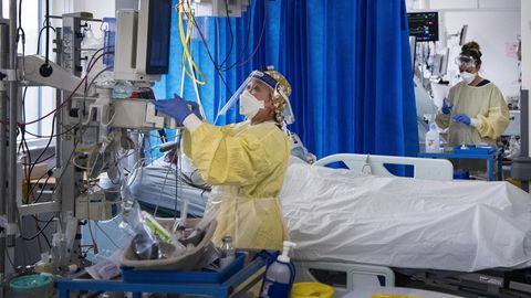 """Coronavirus-Leugner: Ärztin wird als """"Satan"""" und """"Hitler"""" beleidigt"""
