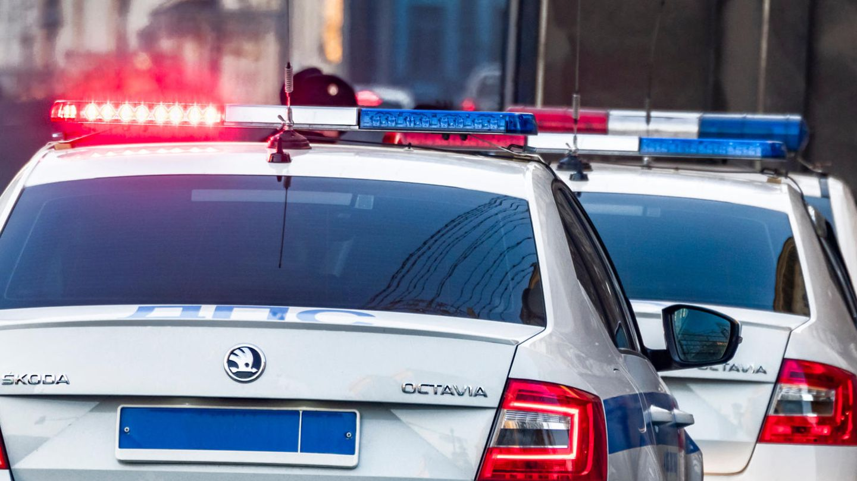 Ein Polizeiwagen in Russland