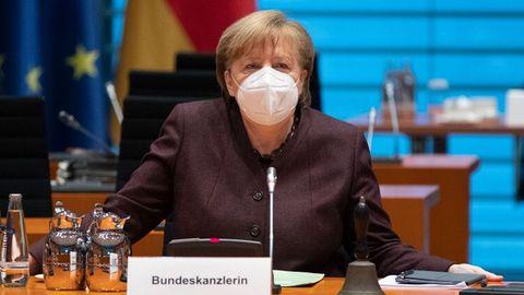 """News zur Corona-Pandemie: Kanzlerin Merkel unterstützt """"kurzen, einheitlichen Lockdown"""""""