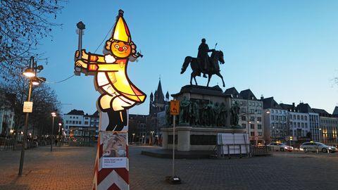 Eine beleuchtete Figur des Festkomitees Kölner Karnevals