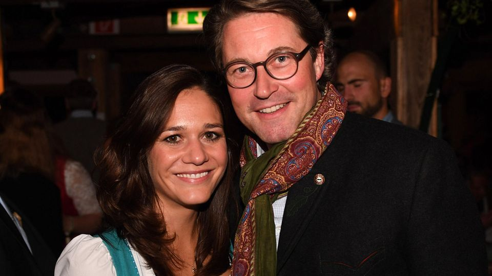 Die neue Facebook-Lobbyistin Julia Reuss ist seit 2019 offiziell mit Verkehrsminister Andreas Scheuer (CSU) liiert