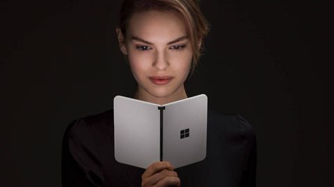 Das Microsoft Surface Duo besitzt zwei Bildschirme