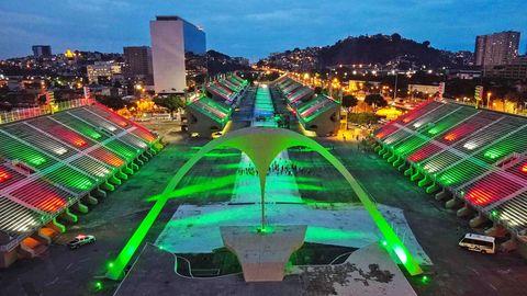 Das eigens für den Karneval 1984 gebaute Sambódromo in Rio de Janeiro