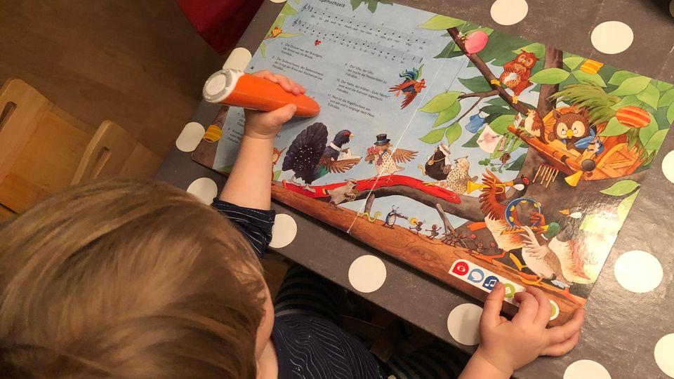 Spielen und entdecken: Bei diesen drei Tiptoi-Büchern flippt mein zweijähriger Sohn aus