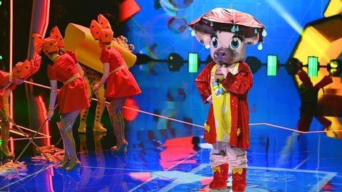 """Das Schweinin der ersten Folge der vierten Staffel der ProSieben-Show """"The Masked Singer"""""""