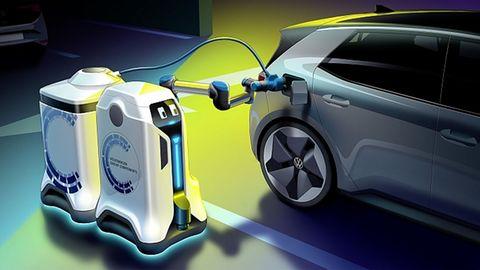 VWs mobiler Laderoboter bringt den Energiespeicher zum Auto