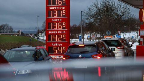Die Preise steigen – nicht nur an der Tankstelle