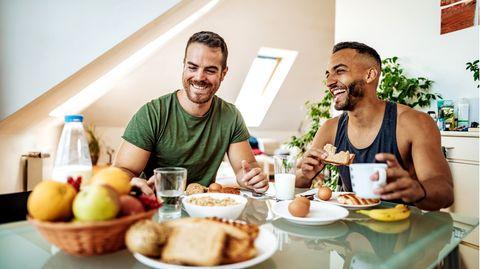 Essen und Bewegung : Abnehmen leicht gemacht: Mit dieser Formel berechnen Sie Ihren individuellen Kalorien-Bedarf